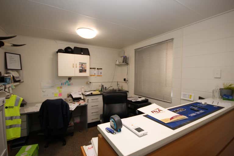 Unit 4, 39-45 Hugh Ryan Drive Garbutt QLD 4814 - Image 3