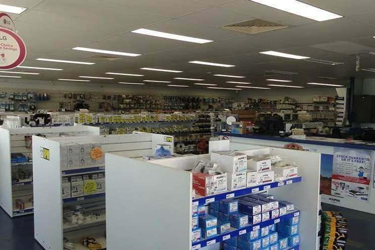 114 Hanson Road Gladstone Central QLD 4680 - Image 4