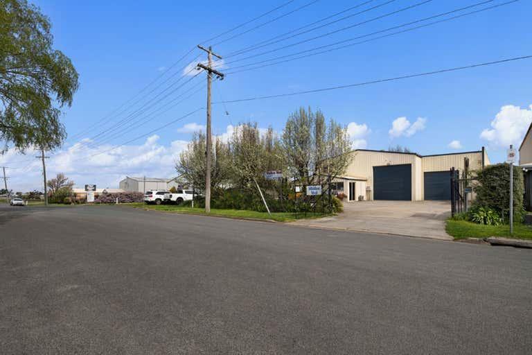 10 Stonepark Road Delacombe VIC 3356 - Image 2