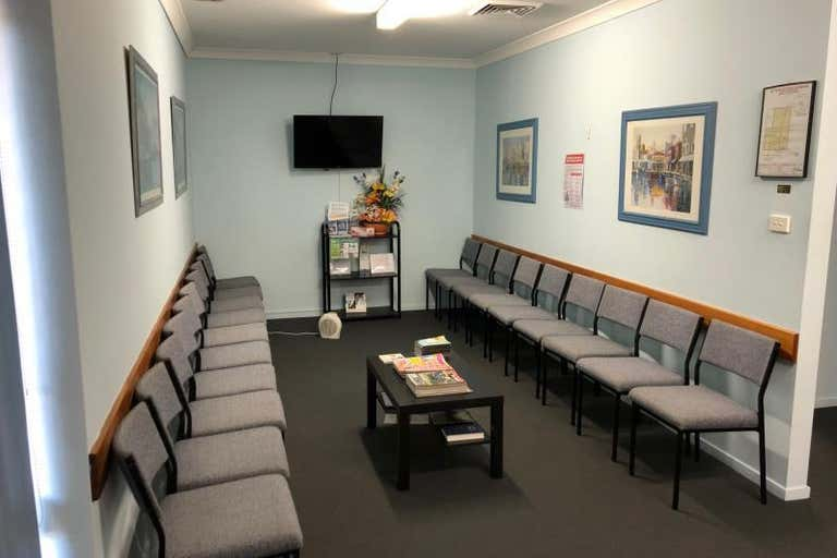 Suite 2, Unit 1, 470 Pacific Highway Wyoming NSW 2250 - Image 2