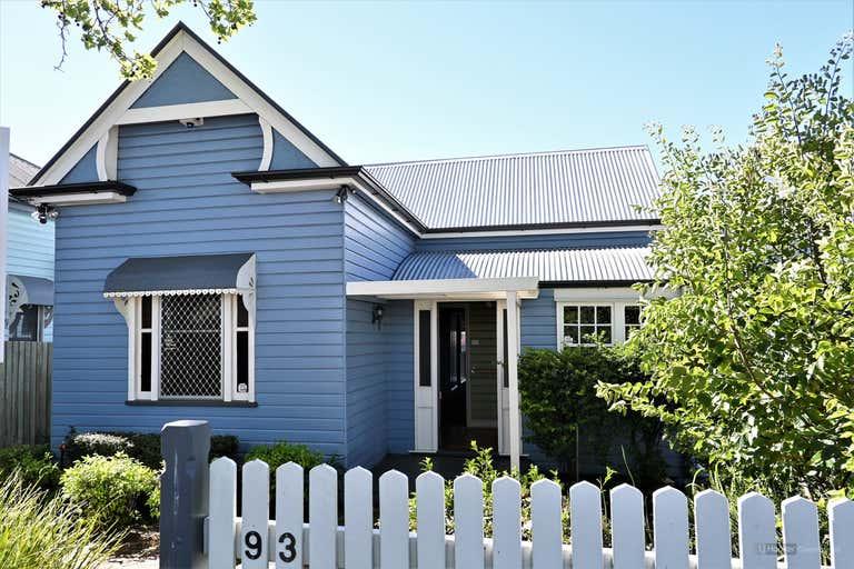 93 Herries Street East Toowoomba QLD 4350 - Image 1