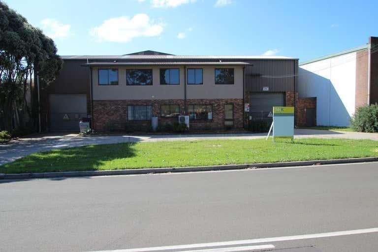 8 Doyle Avenue Unanderra NSW 2526 - Image 4