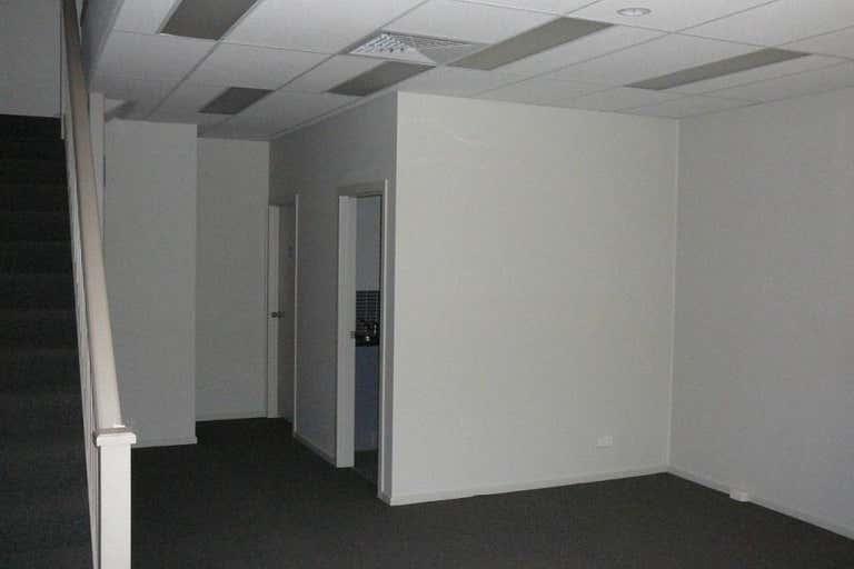 Unit 2/124 Dunheved Circuit St Marys NSW 2760 - Image 2