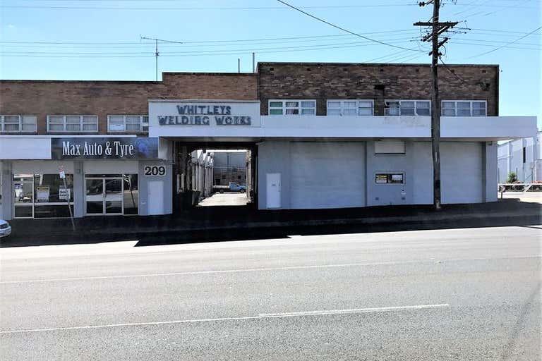 Shed 4 / 209 James Street Toowoomba City QLD 4350 - Image 2