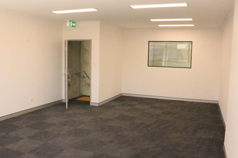 Unit 2, 8-20 Queen Street Revesby NSW 2212 - Image 4