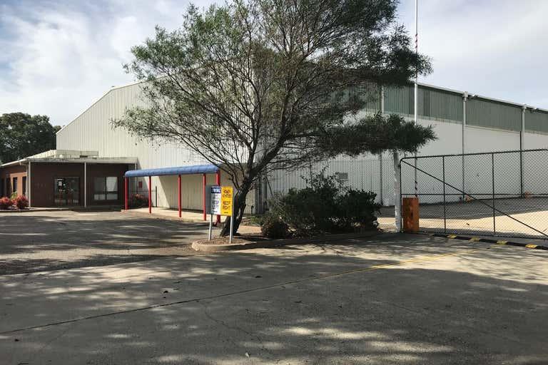 8 Catherine Crescent Lavington NSW 2641 - Image 1