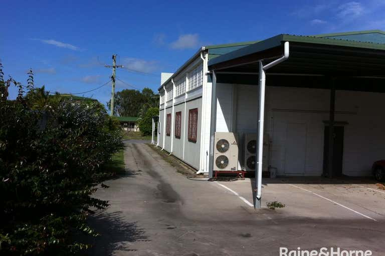 21 Off Street Gladstone Central QLD 4680 - Image 2