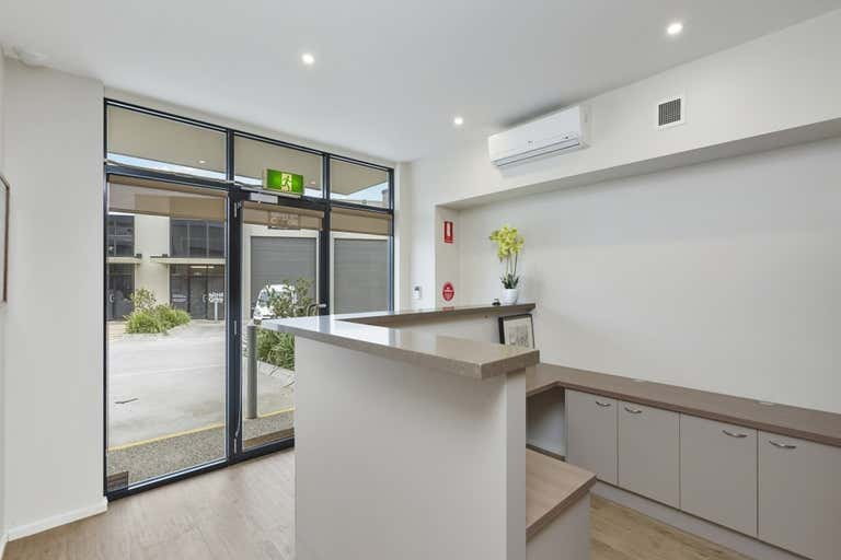 11/5 Satu Way Mornington VIC 3931 - Image 2