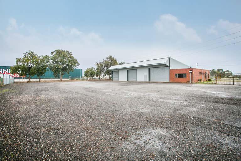 25 Church Road Maddington WA 6109 - Image 1