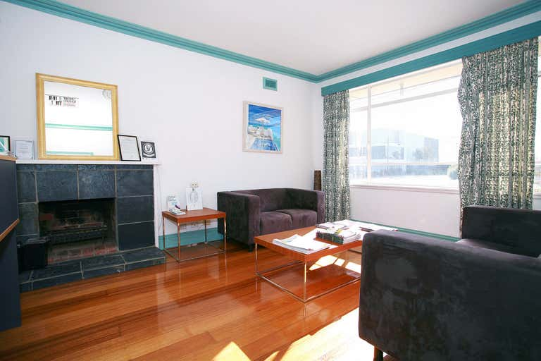 984 Centre Road Oakleigh South VIC 3167 - Image 2
