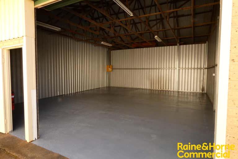 Unit 2E, 8-12 Acacia Avenue Port Macquarie NSW 2444 - Image 4