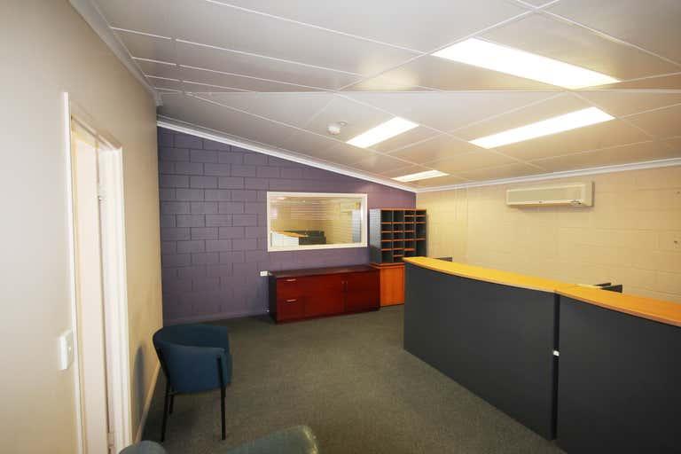7 Carlton Street Kirwan QLD 4817 - Image 3