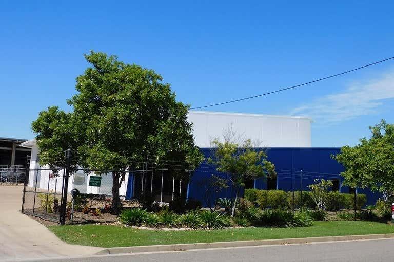 25 Jay Street Mount St John QLD 4818 - Image 4
