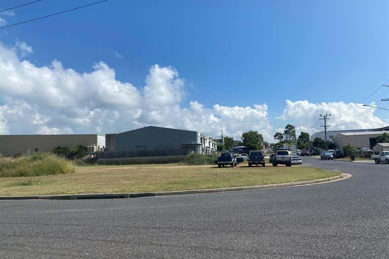 11-13 Helen Street Clinton QLD 4680 - Image 2
