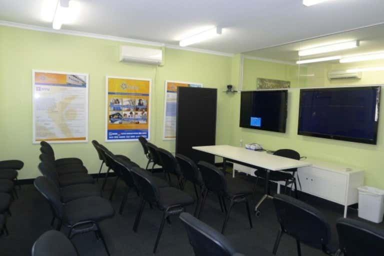 Level 1, 372 Spencer Street West Melbourne VIC 3003 - Image 3