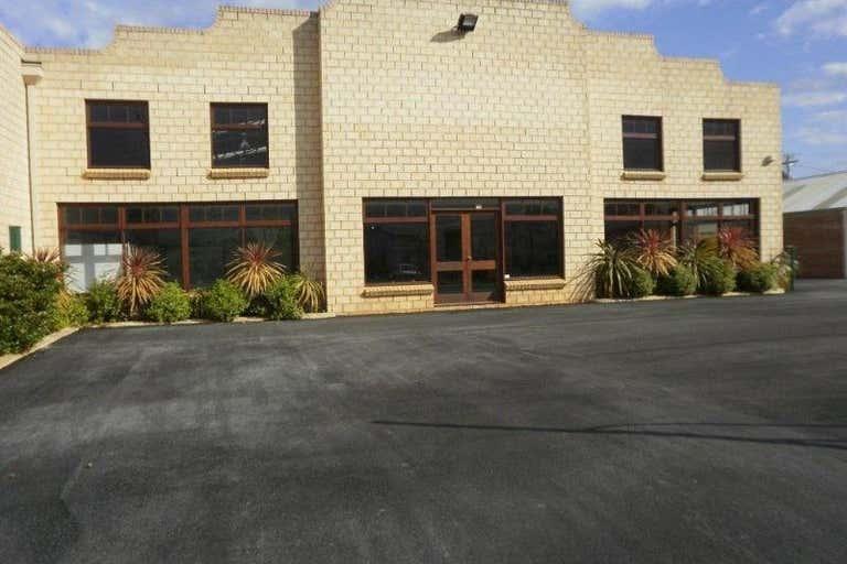 19 Prior Street Centennial Park WA 6330 - Image 2