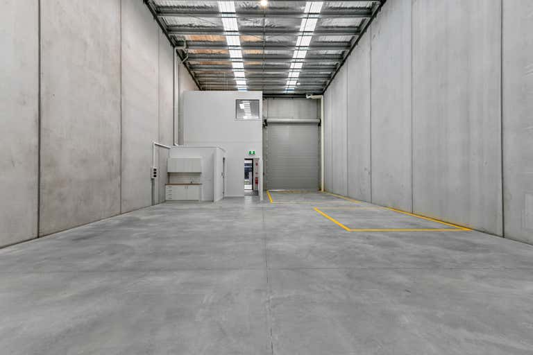 2/27 Industrial Circuit Cranbourne West VIC 3977 - Image 4