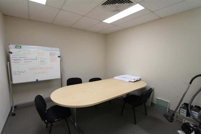 5A/124 Forest Road Hurstville NSW 2220 - Image 4