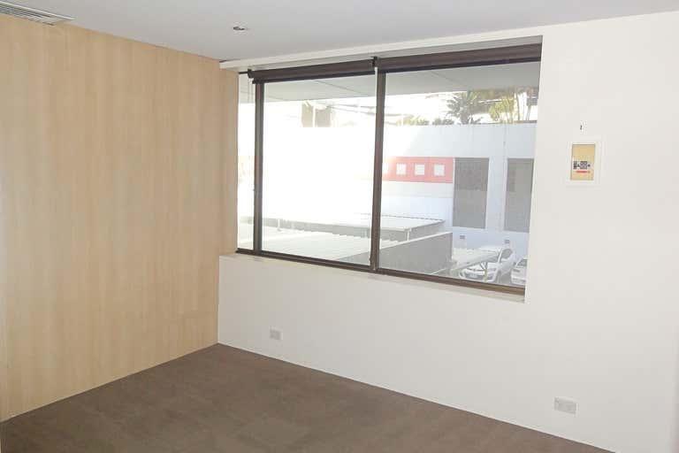 1/12-14 Albert Ave Broadbeach QLD 4218 - Image 4
