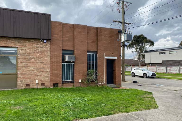 11 Bernard Street Mount Waverley VIC 3149 - Image 2