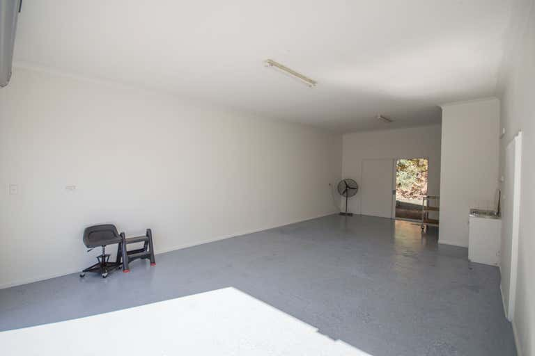12/11 Bailey Crescent Southport QLD 4215 - Image 2