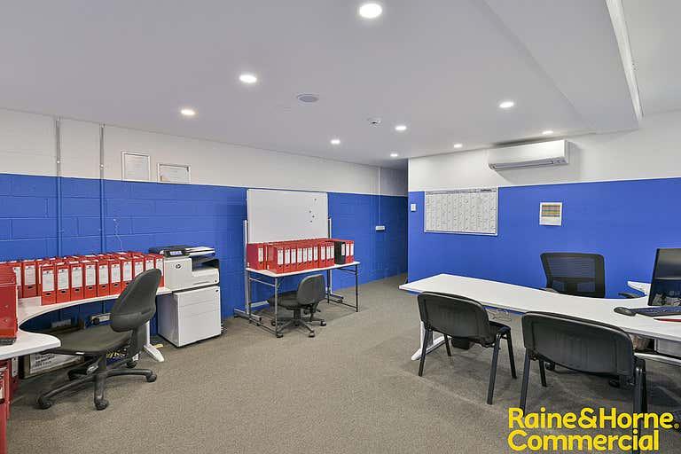 48/3 Kelso Crescent Moorebank NSW 2170 - Image 2