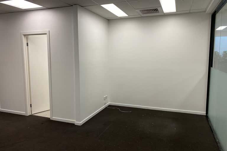 9/520 Victoria Street- North Melbourne VIC 3051 - Image 3