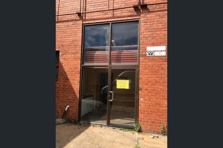 2/30 Audsley Street Clayton South VIC 3169 - Image 2