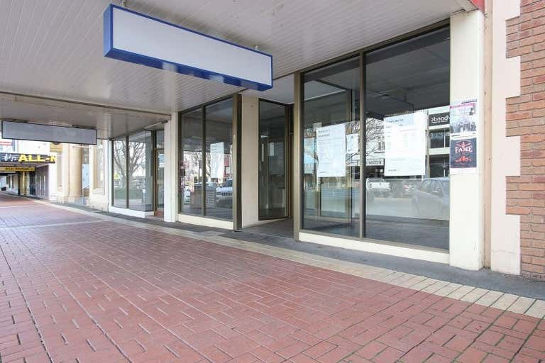 596 Dean Street Albury NSW 2640 - Image 1