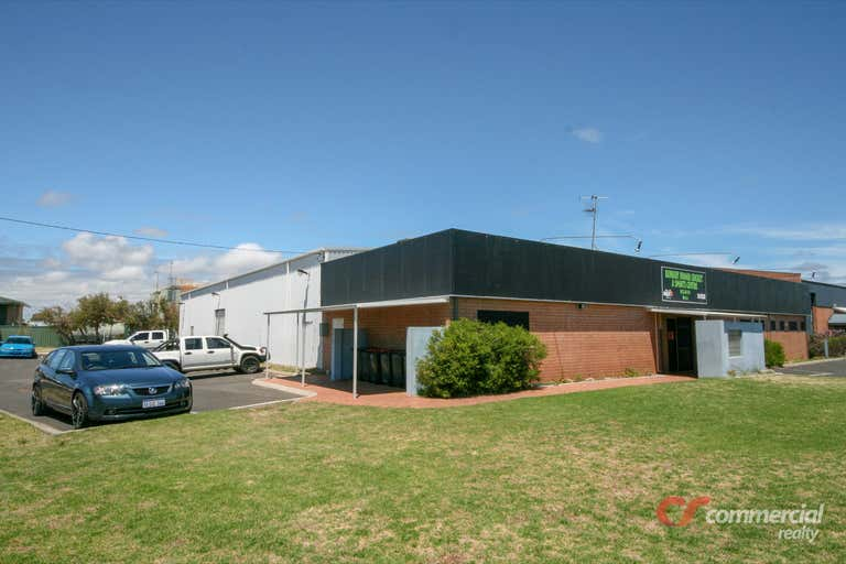 1 Zaknic Place East Bunbury WA 6230 - Image 2