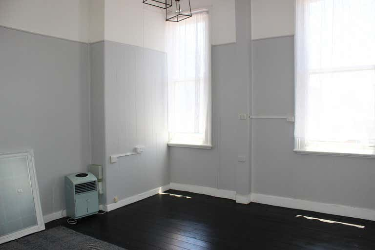 Suite 2, 353 Ruthven Street Toowoomba City QLD 4350 - Image 2