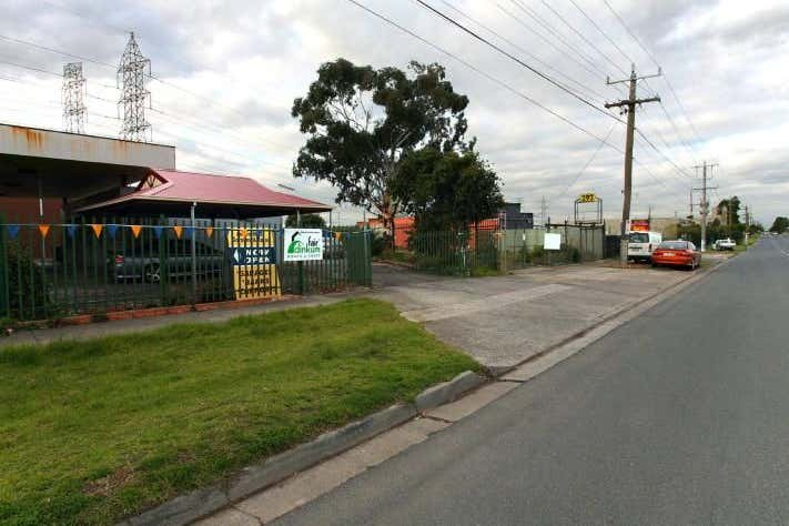 Area 3, 298 Mahoneys Road Thomastown VIC 3074 - Image 2