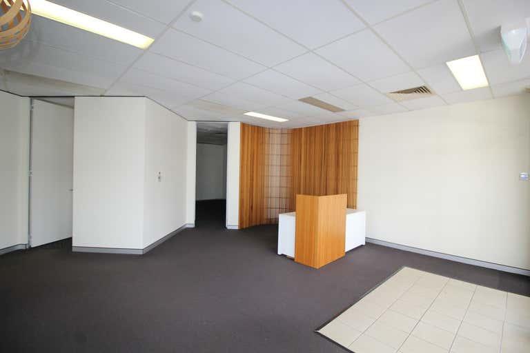 1/131a Herries Street Toowoomba City QLD 4350 - Image 3