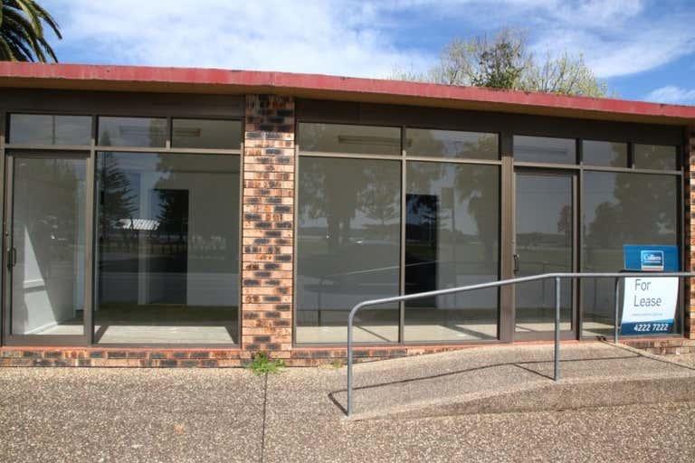 Units 1-5/236 Beach Road Batehaven NSW 2536 - Image 4