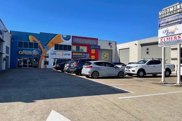 2/88 Beach Road Pialba QLD 4655 - Image 1