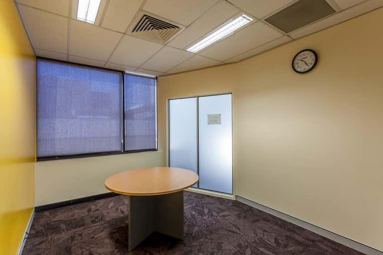 Lvl 2, 2A, 580 Ruthven Street Toowoomba City QLD 4350 - Image 4