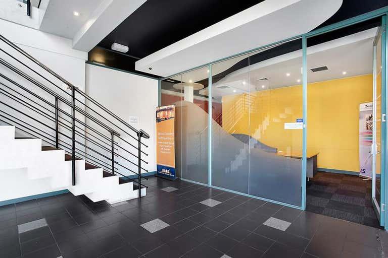 Suite 6/214 Graham Street Port Melbourne VIC 3207 - Image 2