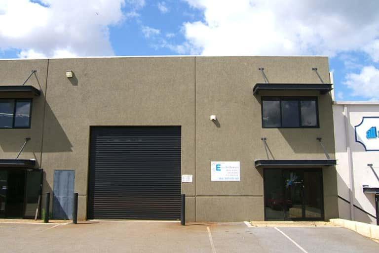 Unit 3, 25 Emplacement Crescent Fremantle WA 6160 - Image 4