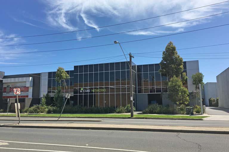 1/177 Salmon Street Port Melbourne VIC 3207 - Image 1