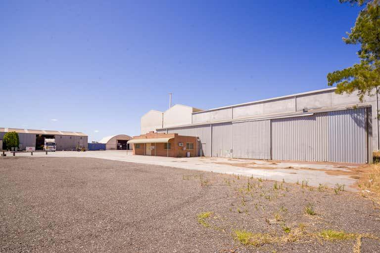 Unit 8, 6 Richardson Street Kwinana Beach WA 6167 - Image 1