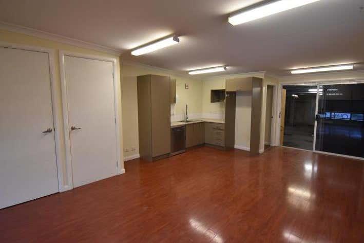 Unit 2, 28 Glenwood Drive Thornton NSW 2322 - Image 3