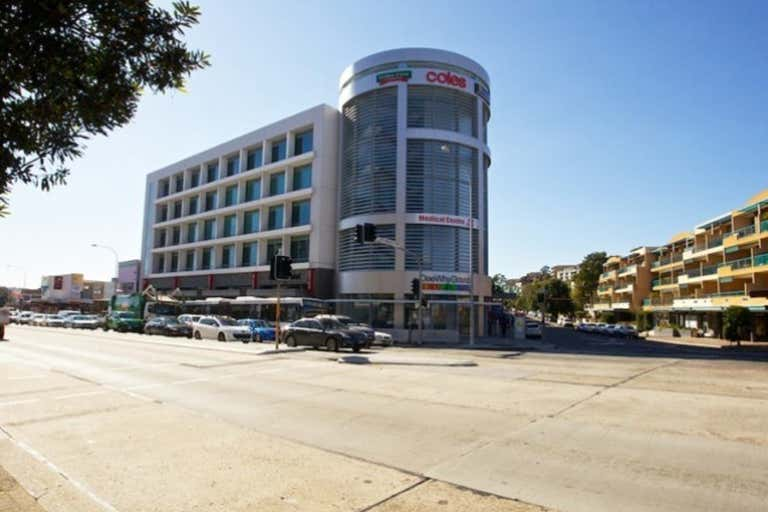 4308/834 Pittwater Road Dee Why NSW 2099 - Image 2