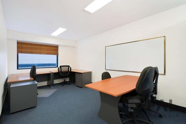 Suite, 244 St Pauls Terrace Fortitude Valley QLD 4006 - Image 3