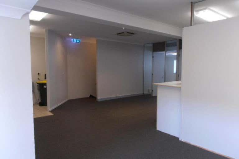 Level 1, 135 Mann Street Gosford NSW 2250 - Image 4