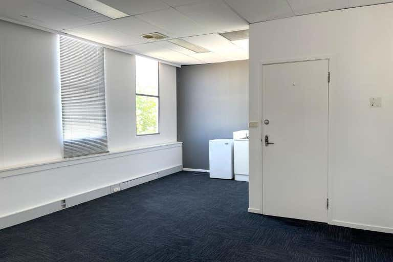 Unit  6, 21-23 Bougainville Street Griffith ACT 2603 - Image 3