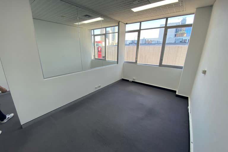 404b/20 Macquarie Street Parramatta NSW 2150 - Image 2