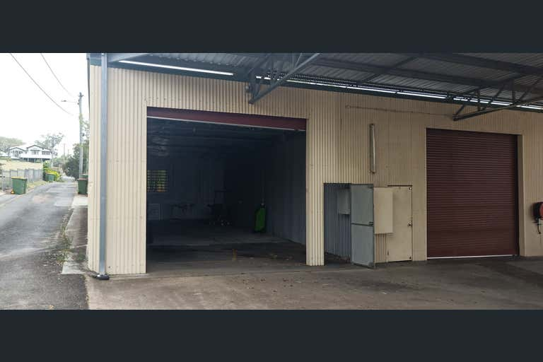 2/11 Pine Mountain Road North Ipswich QLD 4305 - Image 4