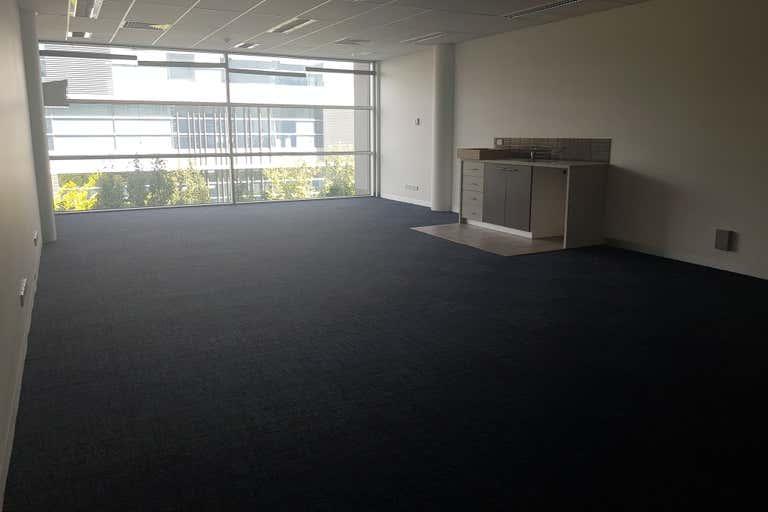 Suite 23, 574 Plummer Street Port Melbourne VIC 3207 - Image 3