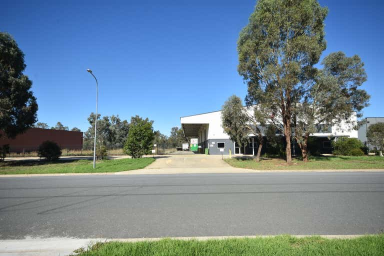 20 Merkel Street Albury NSW 2640 - Image 3