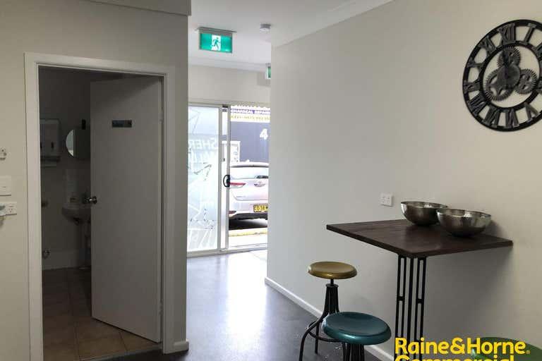 9/8 Kerta Road Kincumber NSW 2251 - Image 3
